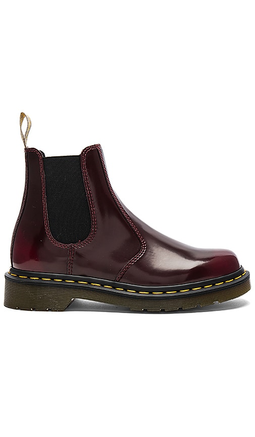 Dr. Martens Chelsea Boot in Burgundy
