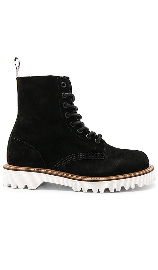 Dr. Martens Pascal II 8 Eye Boot in Black