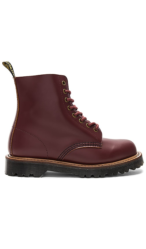 Dr. Martens Pascal II Boot in Burgundy