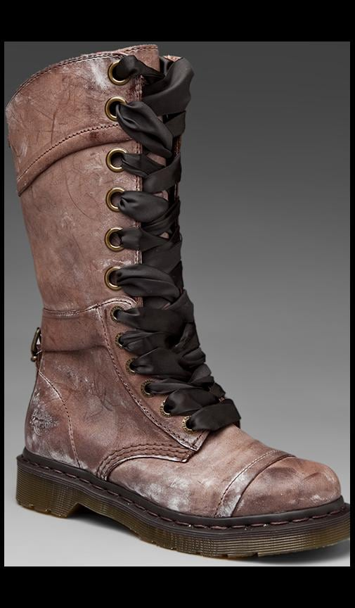 Triumph 14 Eye Boot