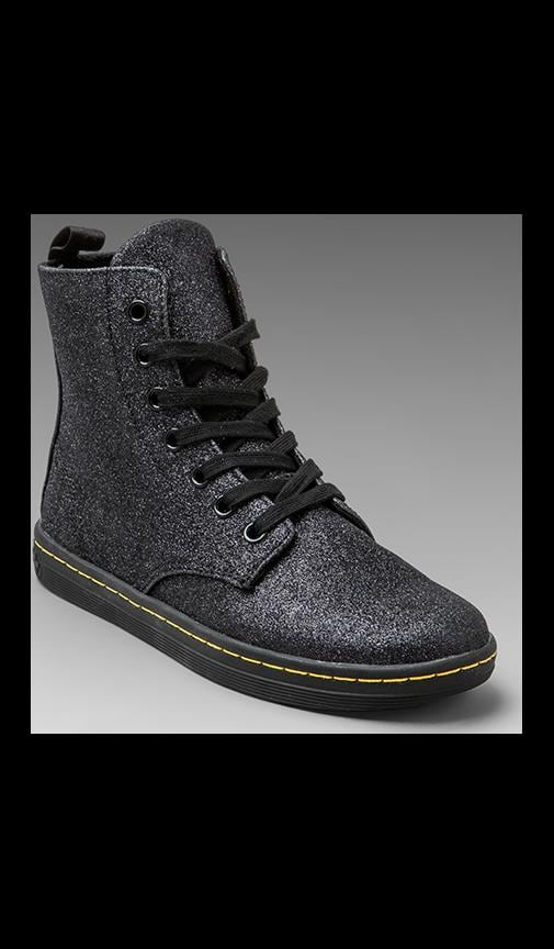 Hackney 7-Eye Boot