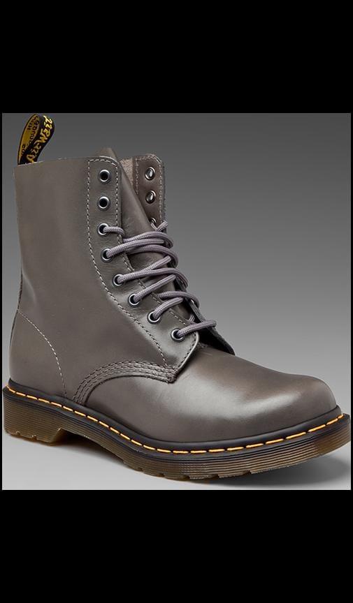 Modern Classic 8 Eye Boot