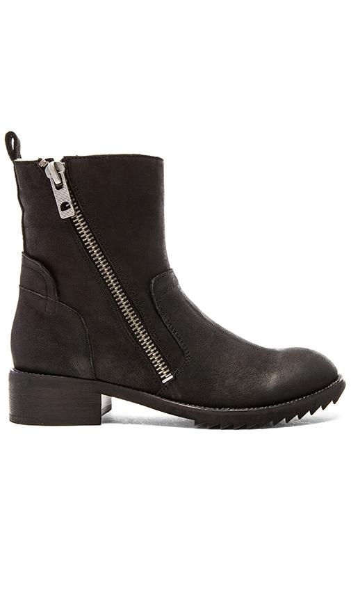 Dolce Vita Kincaid Boot in Black