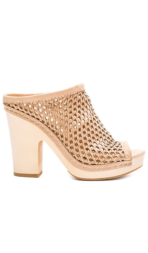 Dolce Vita Brooks Heel in Beige