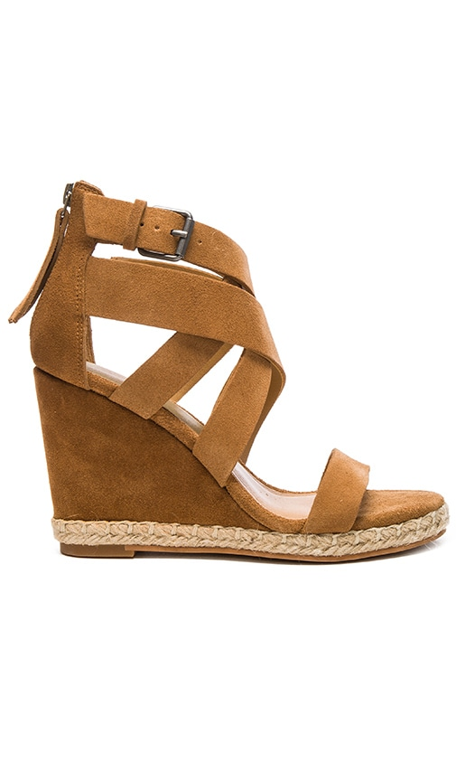 Dolce Vita Kova Wedge in Camel Suede