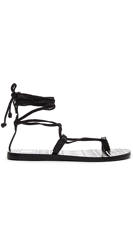 Dolce Vita Chandler Sandal in Black Leather