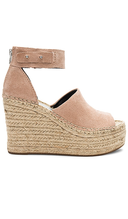 Dolce Vita Straw Wedge in Blush