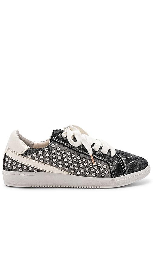Dolce Vita Nino Sneaker in Black | REVOLVE