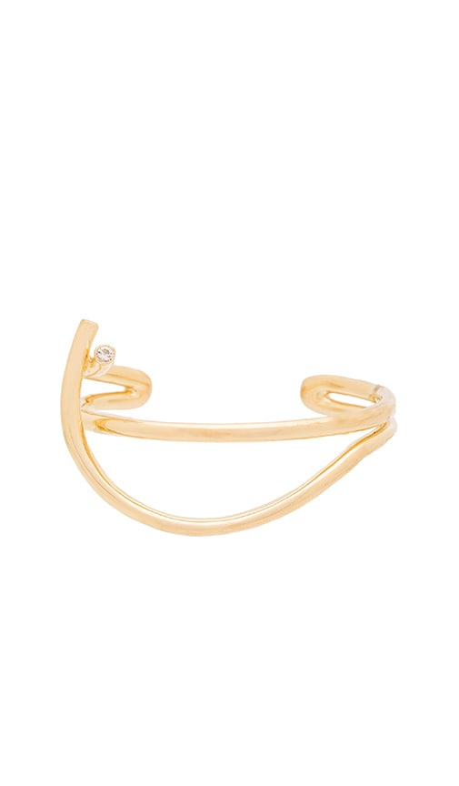 Elizabeth and James Adagio Cuff in Metallic Gold