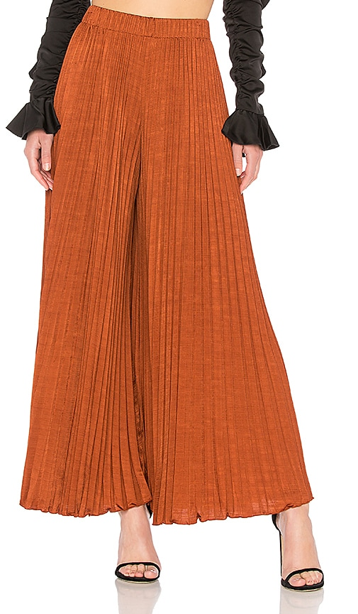 998f5d9ed39 Elizabeth and James Noble Pleated Pant in Dark Rust | REVOLVE