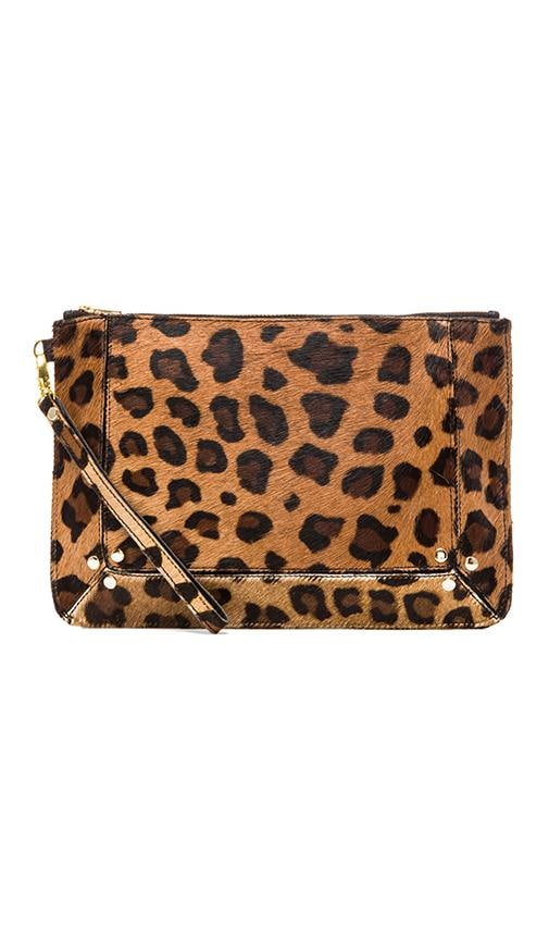 Clutch In Leopard