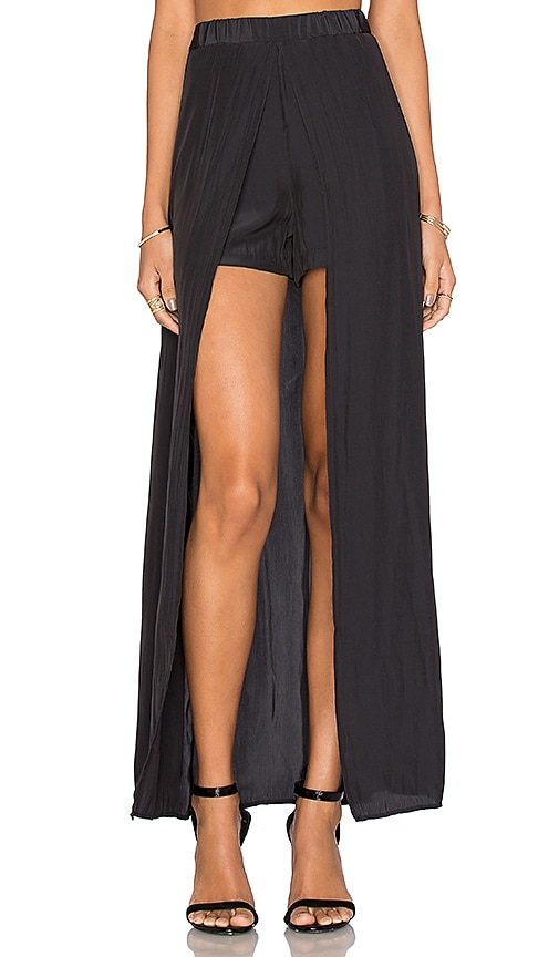 Ella Moss Extreme Lengths High Low Skort in Black