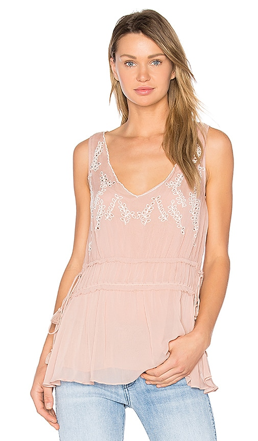 Ella Moss Trellis Vine Top in Blush