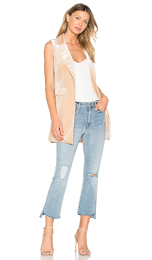 ELLIATT Thrill Sleeveless Blazer in Cream
