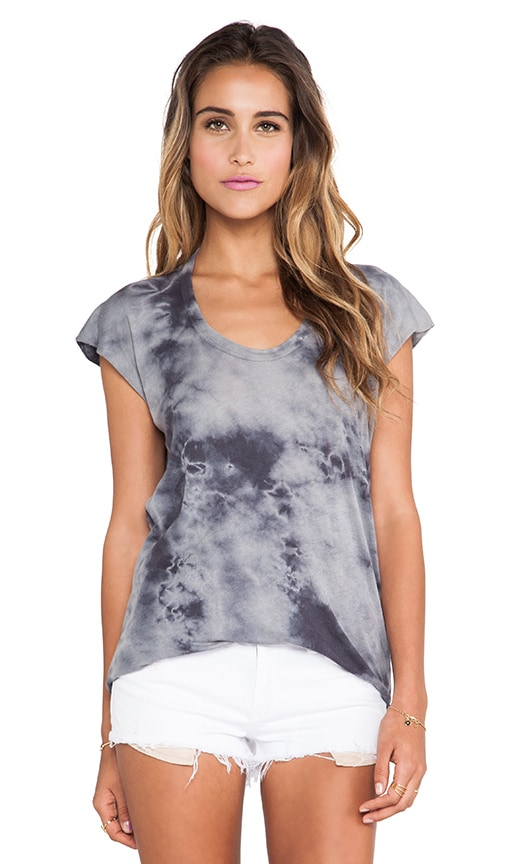 Ionic Wash Sleeveless Scoop Tank