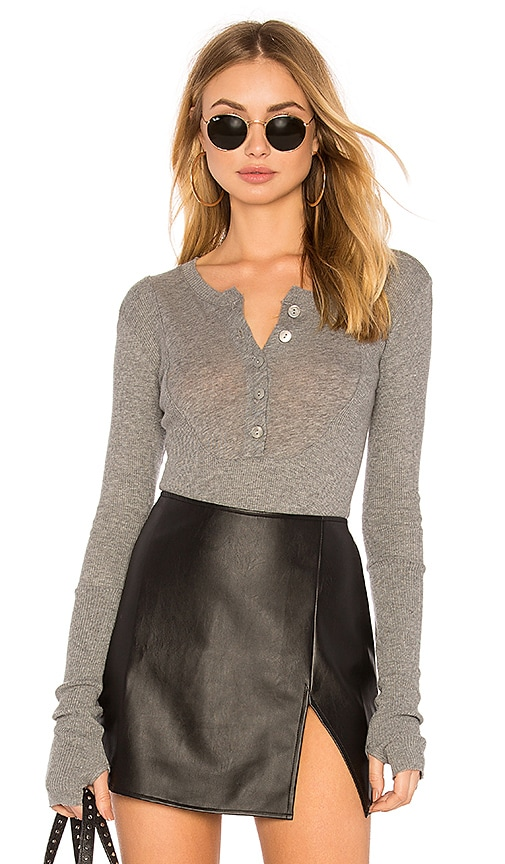 Enza Costa Cashmere Long Sleeve Henley Top in Gray