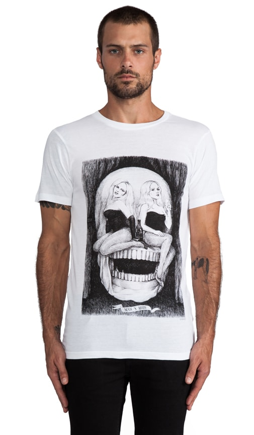 Mansruin Graphic Tee