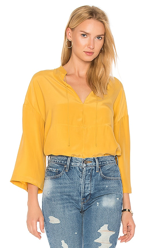 FRAME Easy Peasant Top in Yellow