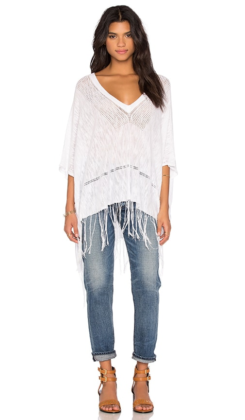 Feel the Piece Essex Fringe Poncho in White