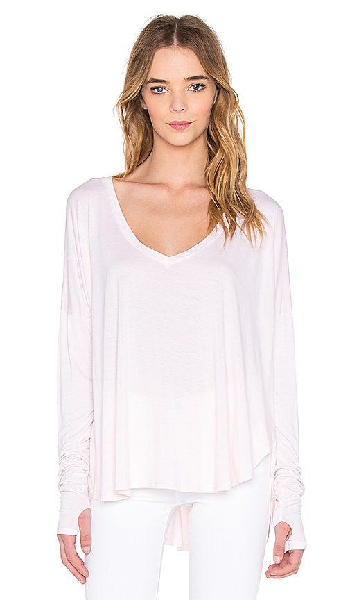 Feel the Piece Robin V Neck Thumb Cut Out Long Sleeve Top in New Rose