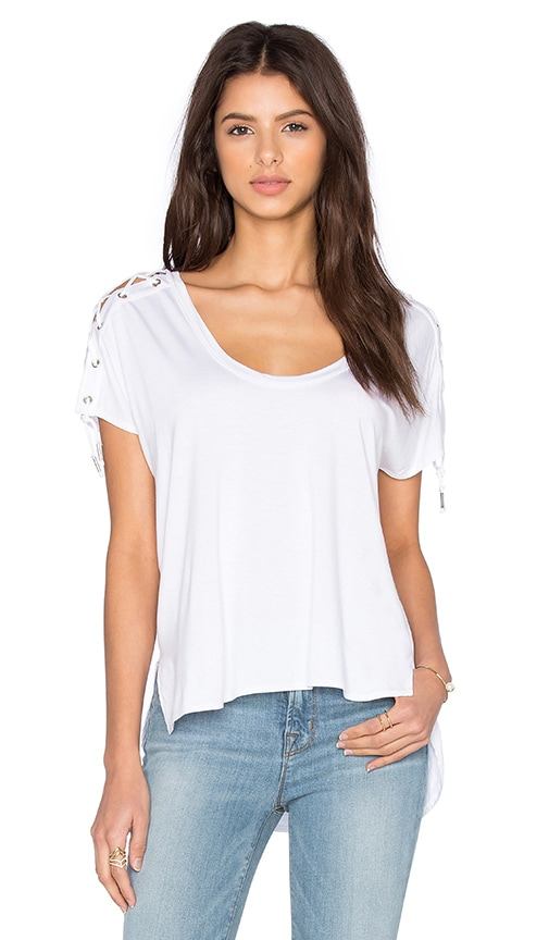 Feel the Piece Trance Scoop Neck Top in White