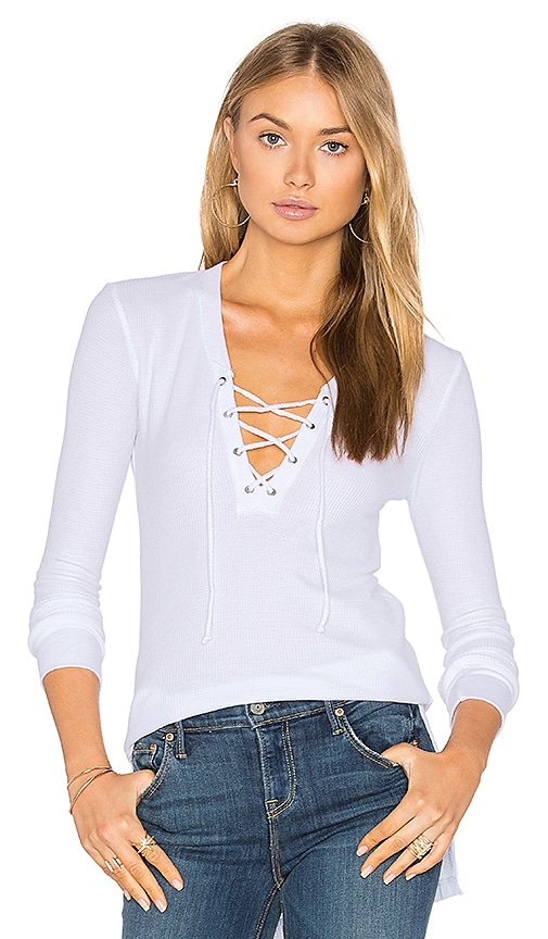 Feel the Piece Revy Top in White