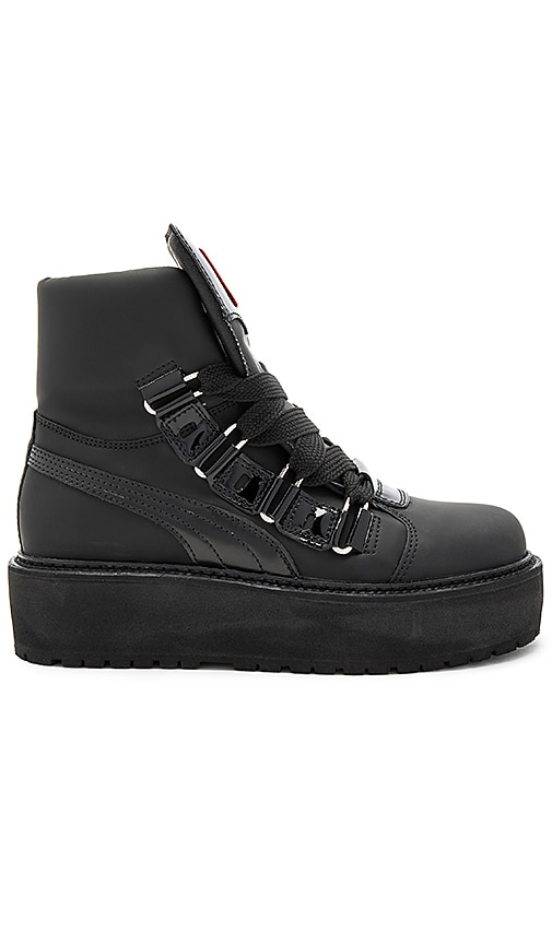 Fenty by Puma Sneaker Boot in Black