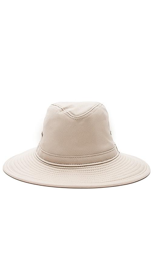 Filson Summer Packer Hat in Desert Tan  8cec607118a