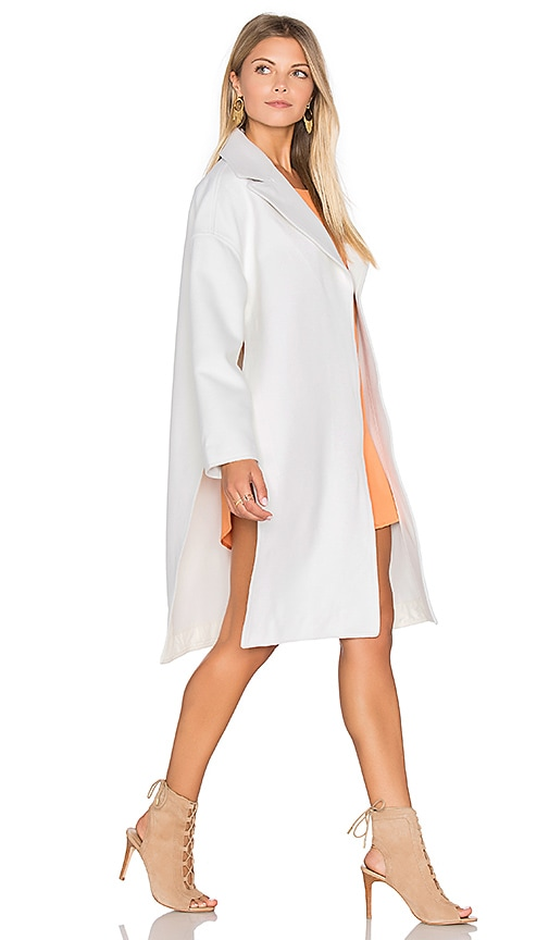 Finders Keepers Great Heights Coat in White