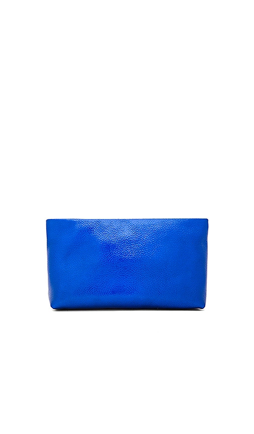 FLYNN Felix Clutch in Blue