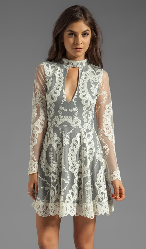 Anna Long Sleeve Lace Mini Dress w/ Contrast Lining