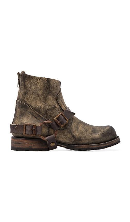 Hatchet Boot