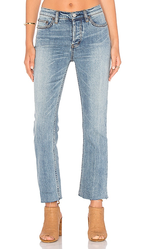 Free People Far From Any Road Cropped Jean in Denim Blue