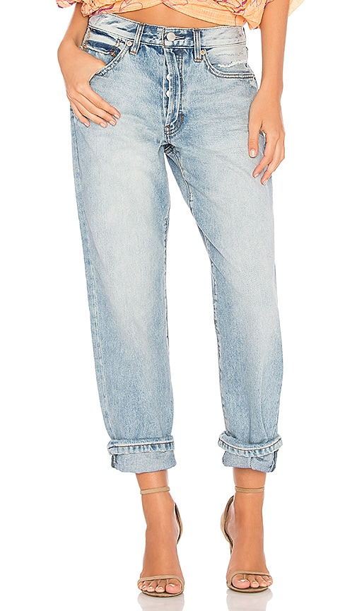 Free People Universal Boyfriend Jean in Light Denim