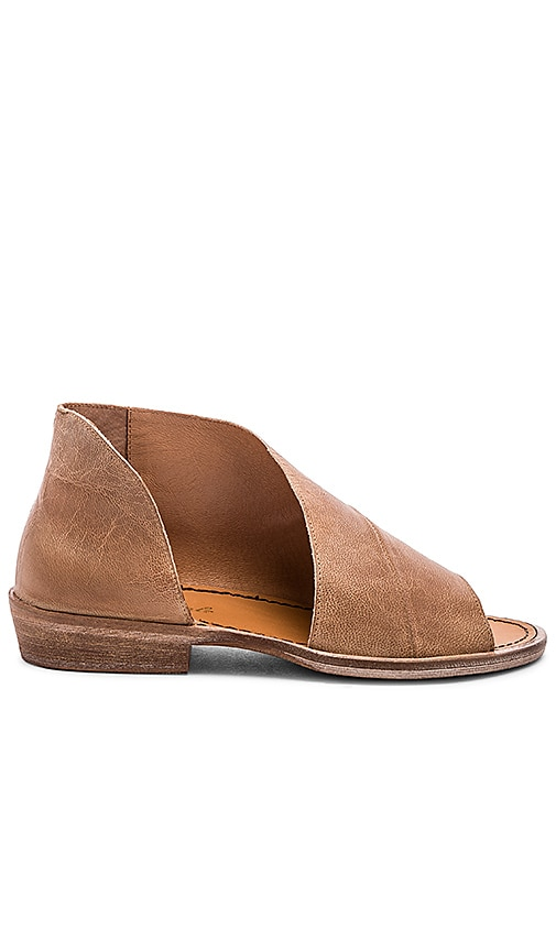 77429c5e9 Free People Mont Blanc Sandal in Brown | REVOLVE