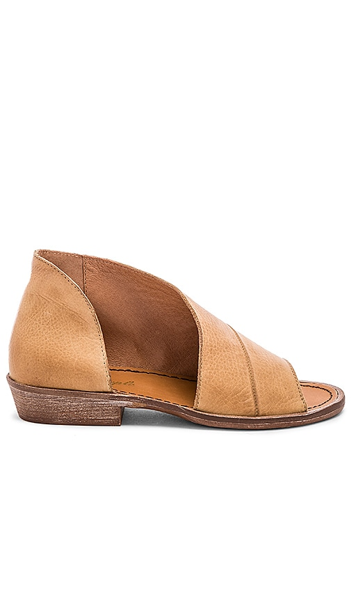 Free People Mont Blanc Sandal in Tan