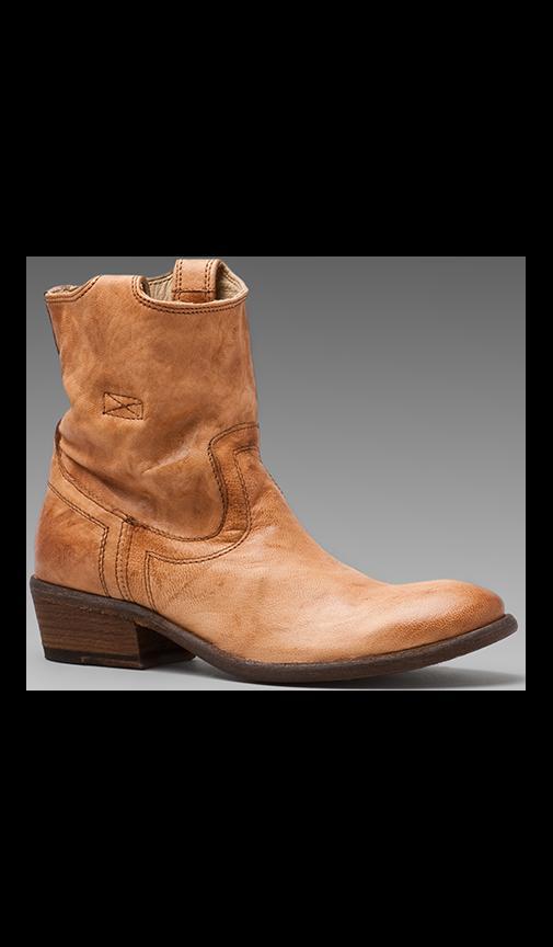 Carson Tab Short Boot
