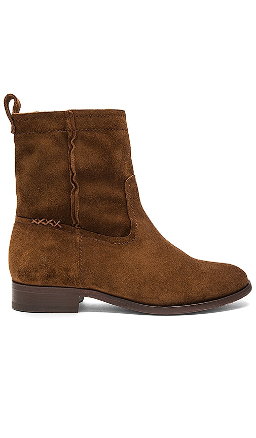 Frye Cara Short Boot in Brown