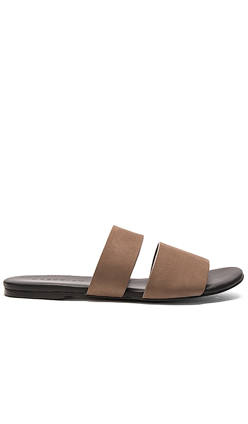 GREY CITY Nessa Sandal in Taupe