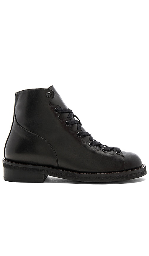 GREY CITY Jess Boot in Black
