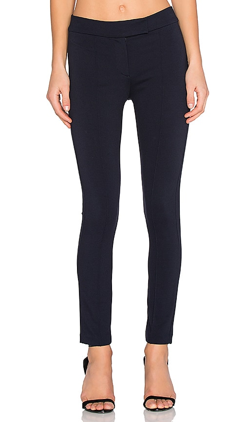 GETTINGBACKTOSQUAREONE Pin-Tuck Pant in Navy