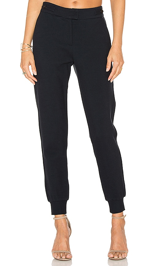 GETTINGBACKTOSQUAREONE Hybrid Pant in Navy