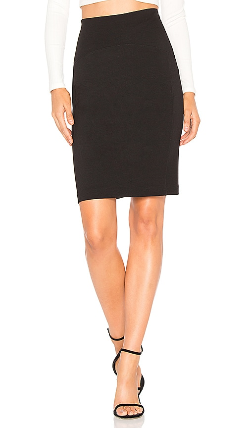 GETTINGBACKTOSQUAREONE Above the Knee Skirt in Black