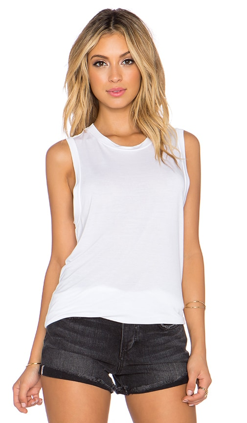 GETTINGBACKTOSQUAREONE The Muscle Tee in White