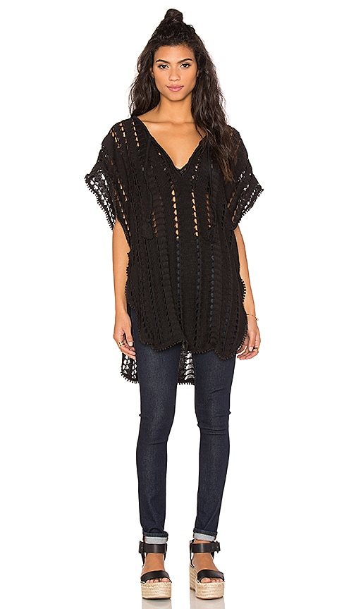 Goddis Movers & Shakers Tunic in Black