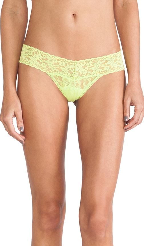 Signature Lace Low Rise Thong