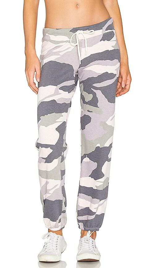 MONROW Oversized Camo Sweatpant in Gray