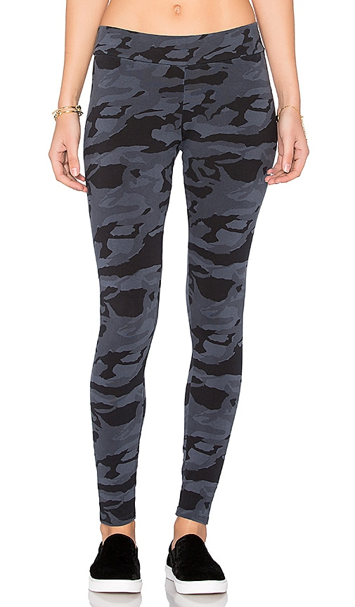 MONROW Bone Blue Camo Basic Legging in Blue
