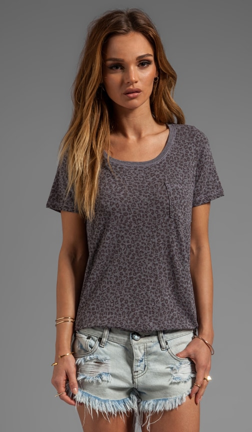 Granite Leopard Pocked Top