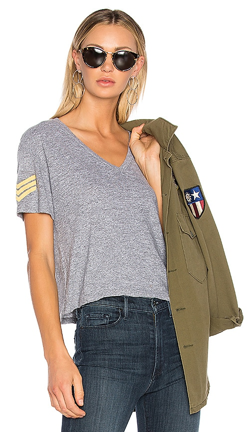 MONROW Military Patch V Tee in Gray